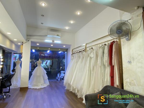 Sang studio áo cưới