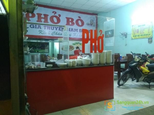 Sang nhượng quán phở mặt tiền đường Võ Văn Vân, phường Vĩnh Lộc B, huyện Bình Chánh.