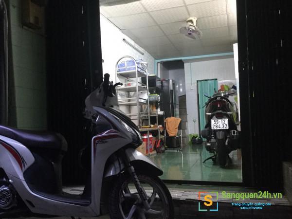 Cho thuê mặt bằng phù hợp bán quán ăn, nước uống trong hẻm đường Đề Thám, phường Phạm Ngũ Lão, quận 1.